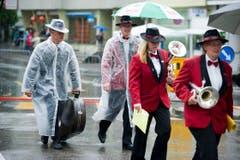 Strömender Regen am Musikfest in St.Gallen. (Bild: Michel Canonica)