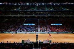 Vor dieser schönen Kulisse gewinnt Roger Federer gegen Richard Gasquet. (Bild: Keystone)