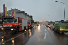 Autokolonne auf St.Galler-Strasse Richtung Zentrum von Wil. (Bild: Philipp Haag)