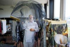 Für sein textiles Schaffen hat Martin Leuthold den Swiss Design Award sowie den renommierten amerikanischen Cotton Design Award erhalten. (Bild: Urs Bucher (Urs Bucher))