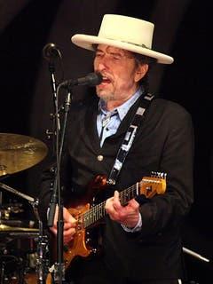 """Bei der Werbung zum 2015 erschienen Album """"Shadows In The Night"""" konzentrierte sich Dylan zunächst auf US-Senioren. 50'000 der 35 Millionen Abonnenten einer Rentner-Verbandszeitschrift erhielten die CD als Gratisbeilage. (sda) (Bild: Keystone)"""