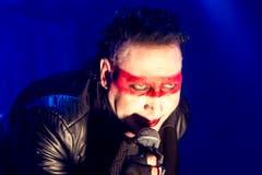 Der böse Bub mag's süss! Für Marilyn Manson müssen backstage Gummibärchen bereit stehen. Ausserdem will der Sänger Doritos, Mikrowellen-Popcorn und Absinth. (Bild: Keystone)