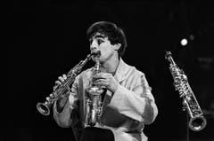 Multiinstrumentalist mit Pilzfrisur: Dimitri 1970 in Circus Knie in Zürich. (Bild: STR (KEYSTONE))