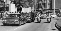 Die Präsidentschaft Kennedys nahm am Freitag, 22. November 1963, durch ein Attentat ein tragisches Ende. (Bild: Keystone)