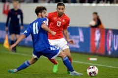 Kein Durchkommen für San Marinos Davide Cesarini bei Linksverteidiger Ricardo Rodriguez. (Bild: Keystone)