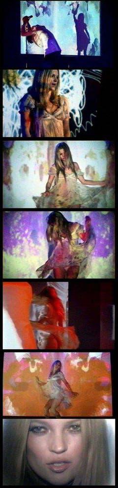 """Kurze Karriere: Zusammen mit der schottischen Band Primal Scream nahm Kate Moss den Song """"Some Velvet Morning"""" auf und posierte im Video der Band. (Bild: Keystone)"""