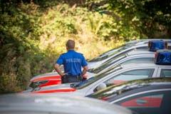 Der Zustand der Leiche erlaube keine Identifikation, teilt die Polizei mit. (Bild: Urs Bucher)