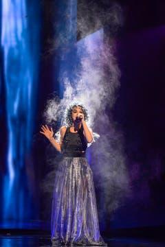 Rykka rauchte förmlich auf der Bühne: Einer von vielen Spezialeffekten. (Bild: Keystone)