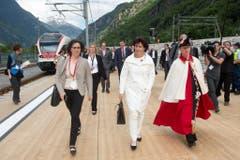 Doris Leuthard hält ihre Rede am Gotthard-Suedportal in Pollegio. (Bild: Keystone)