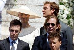 Die Cousins der Zwillinge: Louis Ducruet, Sohn von Prinzessin Stephanie von Monaco, Beatrice Borromeo, Verlobte von Pierre, Pierre Casiraghi, Sohn von Prinzessin Caroline von Hannover und sein Bruder Andrea Casiraghi. (Bild: Keystone)