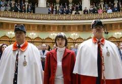 Der grosse Moment: Calmy-Rey wird am 4. Dezember 2002 als 106. Mitglied der Landesregierung vereidigt. (Bild: Keystone)