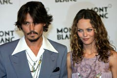 Vanessa Paradis und Johnny Depp am 5. April 2006 in Genf. (Bild: Keystone)