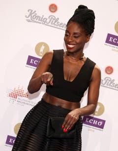 Schwarzes Kleid auf schwarzer Haut: die britische Tänzerin Nikeata Thompson. (Bild: Keystone)