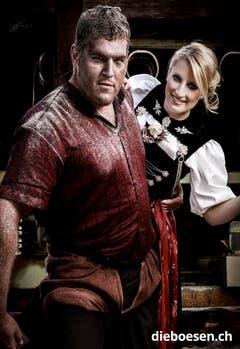 Der Berner Schwinger Christian Stucki mit Ehrendame Sabrina Merz. (Bild: dieboesen.ch/Ellin Anderegg)