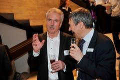 Willi Haag bei einem öffentlichen Anlass im Gespräch mit Dölf Früh, Präsident des FC St.Gallen. (Bild: Ralph Ribi)