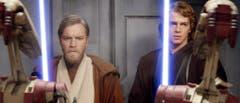 """""""Episode III - Revenge of the Sith"""" aus dem Jahr 2005 lief zum Kinostart gleichzeitig in 115 Ländern an - Weltrekord. Im BIld die Hauptdarsteller Ewan McGregor, (l.) als Obi-Wan Kenobi und Hayden Christensen als Anakin Skywalker. (Bild: Keystone)"""