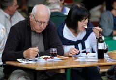 Gut essen und trinken - auch das war an der Messe möglich. (Bild: Reto Martin)