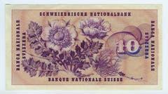 Die Entwürfe für die 10er- und 20er-Note stammen von Hermann Eidenbenz. Auf der Rückseite der 10er-Note prangt eine Nelkenwurz. (Bild: Archiv der SNB)