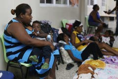 Menschen in Santo Domingo suchen Schutz. (Bild: ROBERTO GUZMAN (EPA EFE))