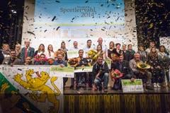 Konfetti und viel Applaus für die Besten bei der Thurgauer Sportlerwahl - der Anlass fand im Pentorama in Amriswil statt. (Bild: Michel Canonica)