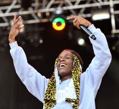 ASAP Rocky verbreitet mit seinem strahlenden Lächelnd gute Stimmung im Publikum. (Bild: Reto Martin)