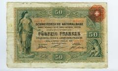 Die Zeit zwischen der Gründung der SNB (1906) und der Öffnung ihrer Schalter (1907) genügte nicht, um neue Noten zu schaffen. (Bild: Archiv der SNB)
