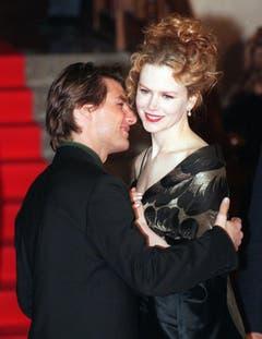 Lang ists her: Schauspieler Tom Cruise posiert mit seiner damaligen Ehefrau Nicole Kidman am 27. Februar 1997 in Rom. (Bild: Keystone)
