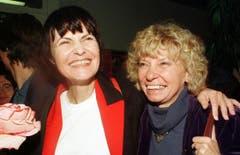 Mit Genossin Christiane Brunner. (Bild: Keystone)