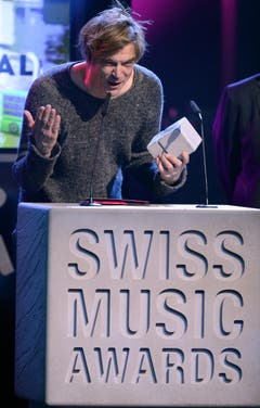 Campino bedankt sich für den Award in der Kategorie Best Album Pop/Rock International. (Bild: Keystone)