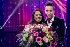 Die Siegerin und der Moderator: Mélanie René und Sven Epiney. (Bild: Keystone)