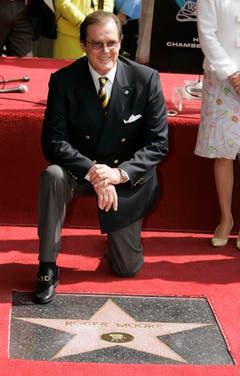 2007 hat Roger Moore einen Stern auf dem Walk of Fame erhalten. (Bild: Keystone)