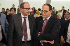 Bruno Damann (links) schaffte die Wahl in den Regierungsrat im ersten Umgang - Marc Mächler muss zum zweiten Wahlgang antreten. (Bild: Urs Bucher)