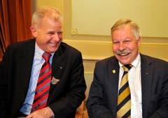Thomas Gamper (links) und Rainer Gonzenbach am Bechtelismahl der Frauenfelder Konstabler. (Bild: Reto Martin)