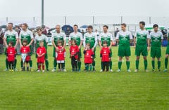 Der FC Neukirch-Egnach ist bereit für das Eröffnungsspiel auf dem neuen Rasen. (Bild: Andrea Stalder)