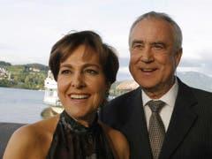 Kurt Felix und seine Frau Paola - sie wussten die schönen Seiten des Lebens zu geniessen. (Bild: Keystone)