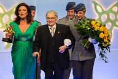 Im Mai 2014 wurde Jörg Schneider mit dem Prix Walo für sein Lebenswerk ausgezeichnet. (Bild: Keystone)