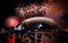 Sieben Tonnen Feuerwerk wurden im australischen Sydney gezündet. (Bild: Keystone)