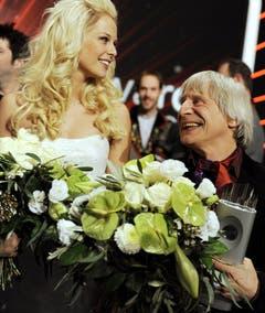 An der Swiss-Award-Verleihung im Zürcher Hallenstadion mit Clown Dimitri. (Bild: Keystone)