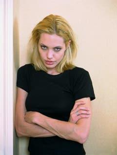 """Angelina Jolie im Jahr 1999. Damals spielte sie in """"Der Knochenjäger"""" an der Seite von Denzel Washington. (Bild: Keystone)"""