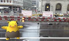 Ein Traumato auf dem Bahnhofsplatz in St.Gallen. (Bild: Screenshot)