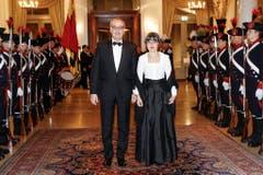 ...Bundesrat Guy Parmelin mit seiner Frau Caroline... (Bild: Keystone)