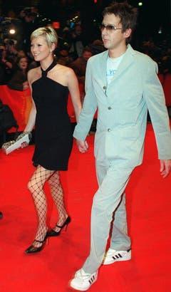 Beziehung mit Folgen: Mit dem Verleger Jefferson Hack, hier 2001 in Berlin, hat Kate Moss eine Tochter. Lila Grace kam 2002 zur Welt, 2004 trennte sich das Paar. (Bild: Keystone)