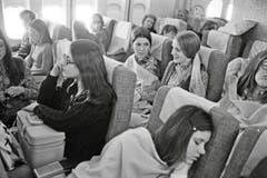Die hohe Kapazität der Grossraumjets liess die Flugpreise sinken: Blick in die Economy-Klasse einer 747 der Swissair, circa 1972. (Bild: ETH-Bibliothek/Bildarchiv/Stiftung Luftbild Schweiz/Swissair)