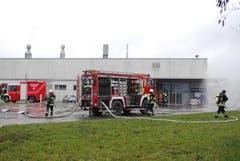 Der Unfall im Betrieb ereignete sich um die Mittagszeit. (Bild: Mario Testa)