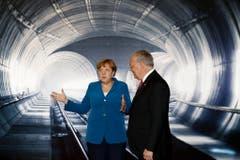 """Die deutsche Bundeskanzlerin Angela Merkel besuchte die Eröffnungsfeier: """"Der Gotthard wird viele Menschen und Kulturen zusammen bringen. Deshalb bin ich dankbar für diesen Tunnel."""" (Bild: Keystone)"""