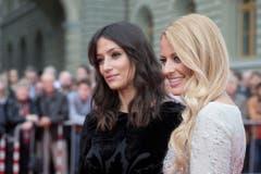 Die ehemaligen Miss Schweiz Christa Rigozzi (rechts) und Melanie Winiger leiteten das Missen Camp. (Bild: Keystone)