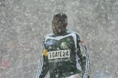 Auch im Schneetreiben bewährte sich der Ghanaer im Trikot der Espen. (Bild: Hannes Thalmann)