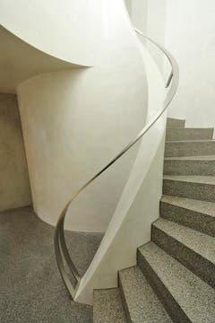Gewundene Treppe im Bundesverwaltungsgericht. (Bild: Hanspeter Schiess)