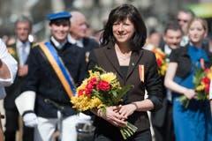 Die St.Galler Gesundheitsdirektorin Heidi Hanselmann marschierte ebenfalls am Umzug mit. (Bild: Urs Jaudas)