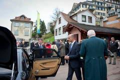 Bundesrat Berset verabschiedet sich wieder in Richtung Bern. (Bild: Urs Bucher)